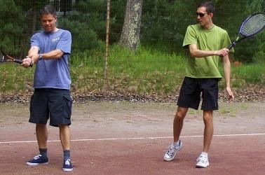 Commencer tard le tennis