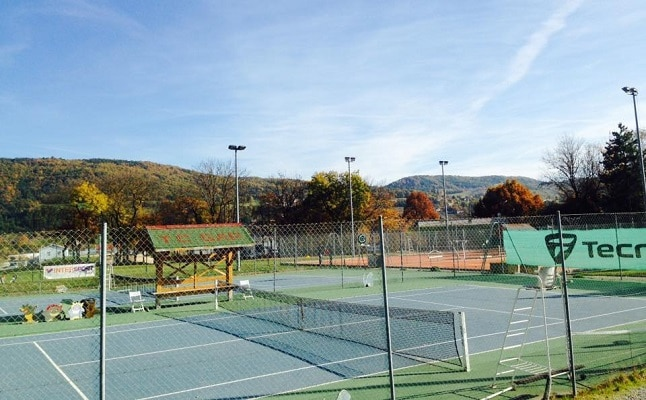 Tennis Gap