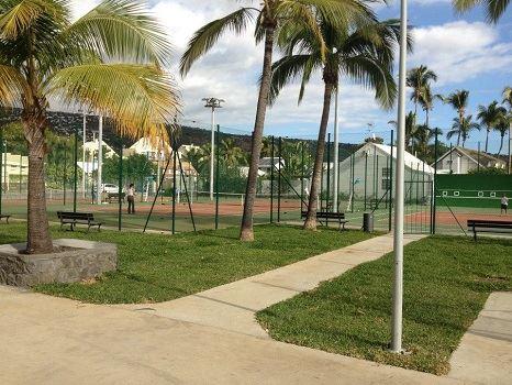 Tennis la Baie de Saint Paul