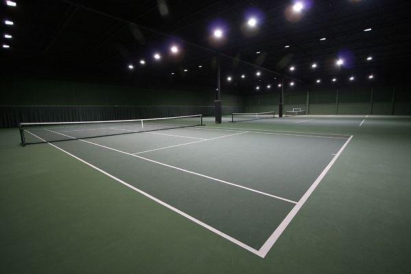tennis résine synthétiques