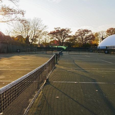 Tous les clubs de tennis de New York